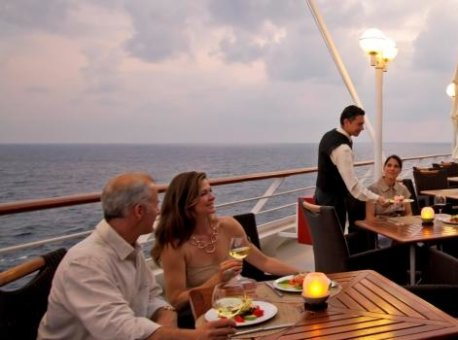 azamara-club-cruises-azamara-journey-deck_main
