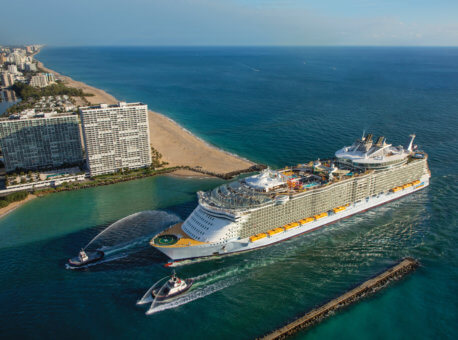 Oasis of the Seas - Aerials offshore Fort Lauderdale
